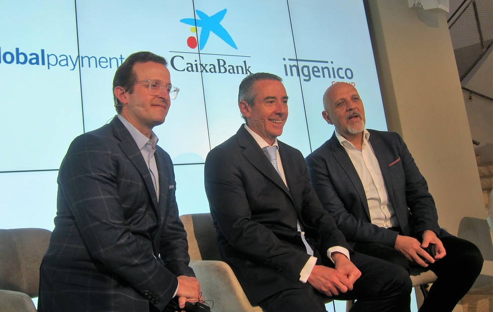 Jeff Sloan (Global Payments) Juan Antonio Alcaraz (CaixaBank) i Mark Antipof (Ingenico)